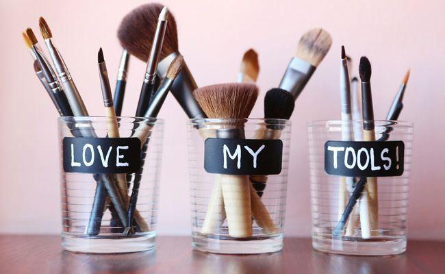 Avez-vous déjà testé le beauty styler ? Une couleur de cheveux, un make-up spécial... pour tout simuler avant de se lancer.