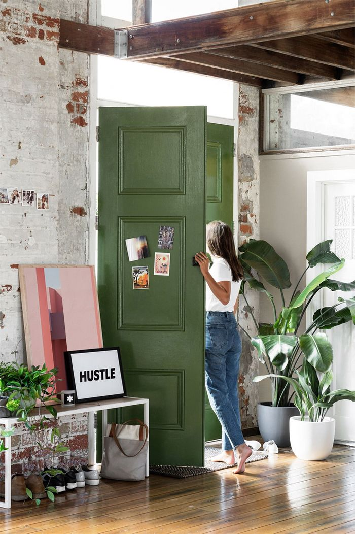 That green door! Hunting for George - the perfect interior