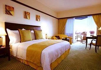 Bedroom at the Miri Marriott Resort & Spa - Miri - Malaysia