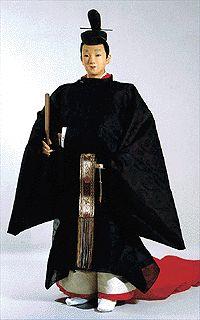 *公卿夏束帯(前)