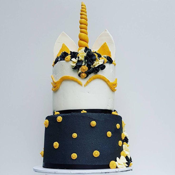 Layer cake, 2 tier cake, black, unicorn, unicorn cake, pretty, gold, buttercream, fondant, gum paste, beautiful, cake, tower, piping