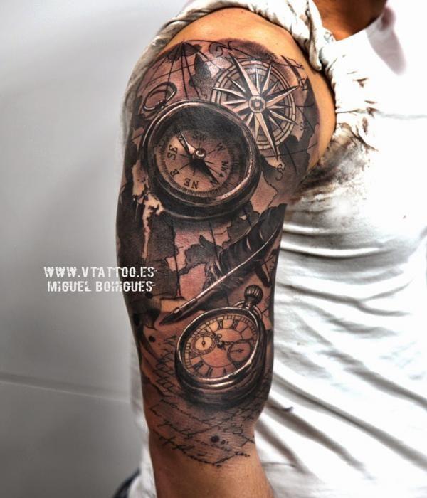Tatuaje Realismo brújula - Miguel Bohigues - Vtattoo