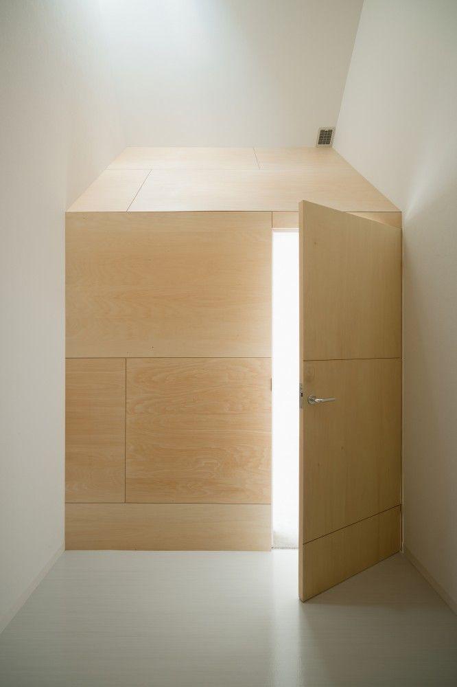 Kinubashi Pharmacy / Soeda and associates Architects