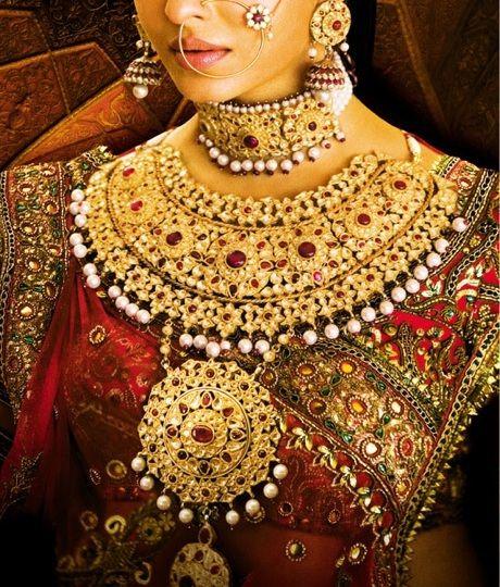 Jodha Akbar style jewelry.