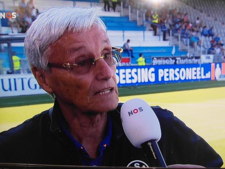 http://www.apeldoorn-nieuws.nl/scout-trainer-en-kenner-piet-de-visser-voetbal-scouten-en-marketing-is-zijn-leven/ - Scout, trainer en kenner Piet de Visser voetbal, scouten en marketing is zijn leven
