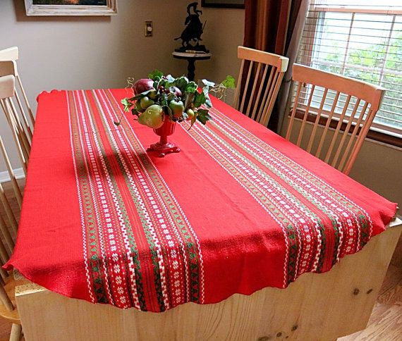 Holiday Tablecloth Red Green Oval 1980s By CoconutRoad On Etsy, $26.00
