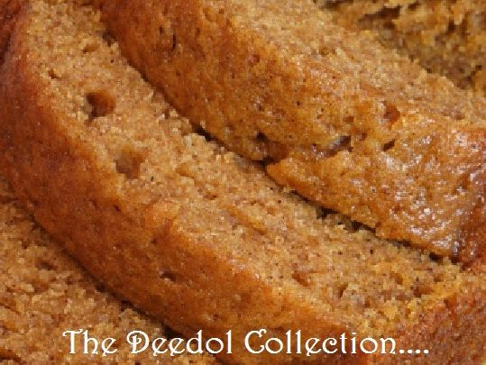 applesauce bread.... https://grannysfavorites.wordpress.com/2016/07/24/applesauce-bread/