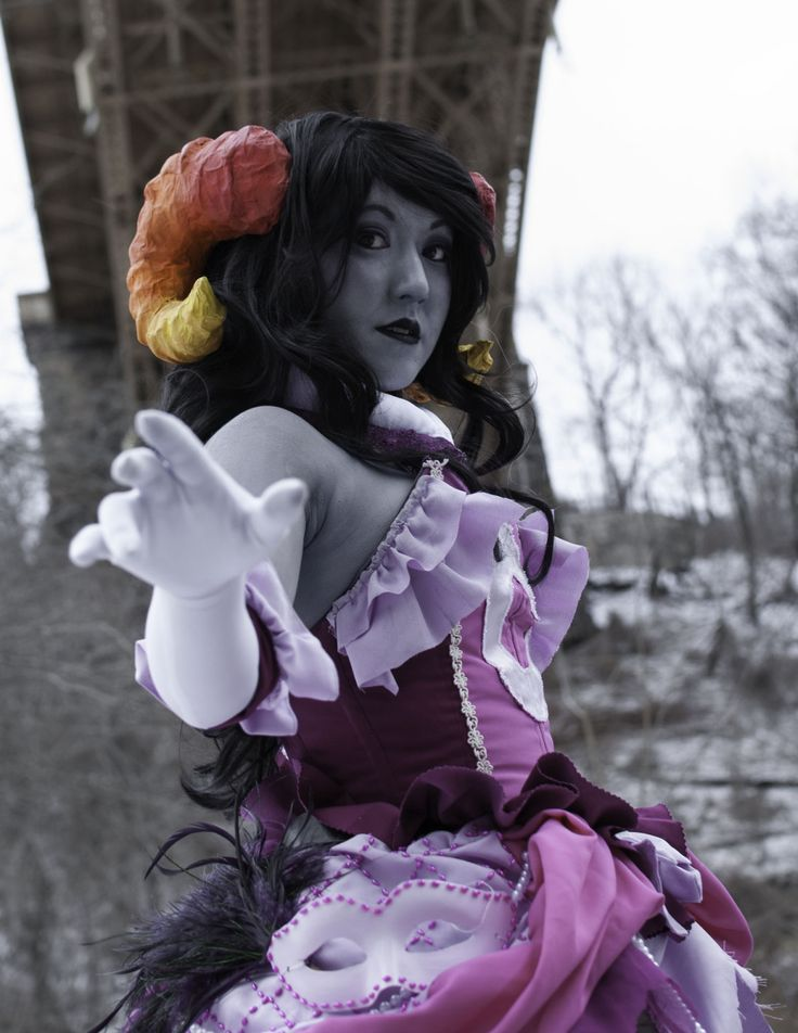 amphetamineglow:  Hometuck updated have an old cosplay<3  Ballgown Dreamer Aradia   tumblr   facebook Photographer   tumblr   website Ballgown Dreamer design by mookie000