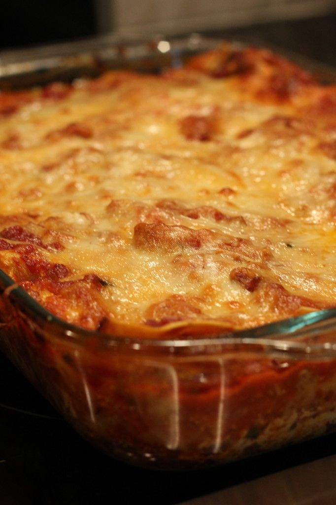 The Best Lasagna EVER! Cheesy, easy goodness!: