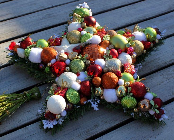Stroik świąteczny Gwiazda - Dekoracje na Boże Narodzenie - Kufer Dekoracji-Galeria Pastelowy Zakątek