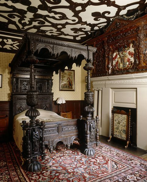20 Glorious Old Mansion Bedrooms: Lyme Park On AboutBritain.