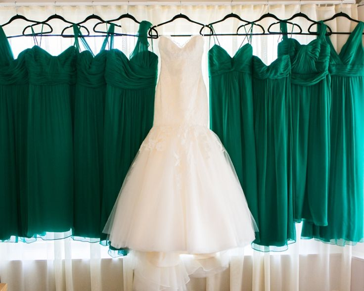 Best 25+ Emerald Green Weddings Ideas On Pinterest