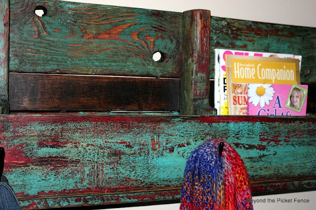 pallet shelf  @beyondthepicketfence