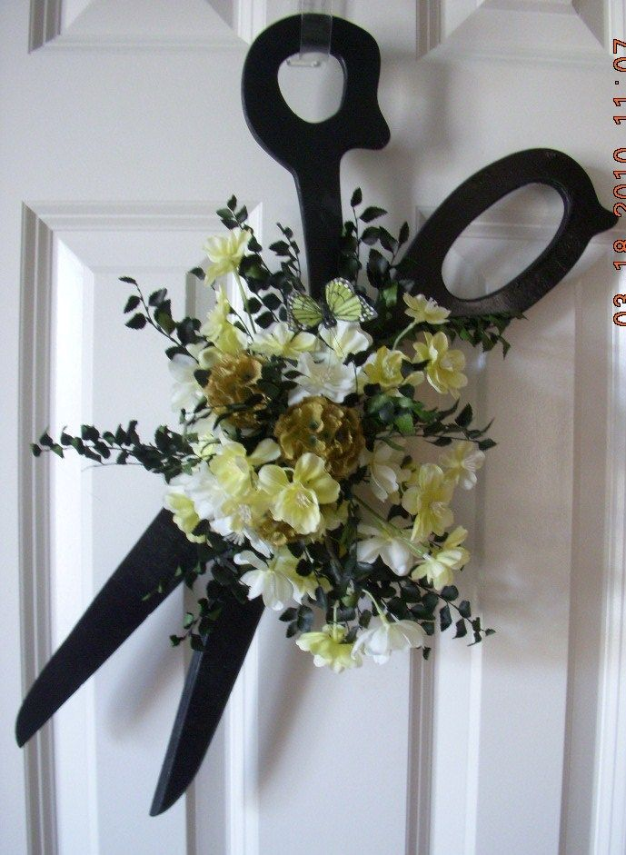 Wreath for a Hairdresser; fun!