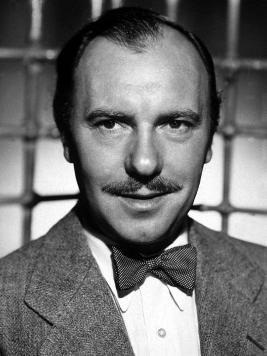 Ralph Richardson.