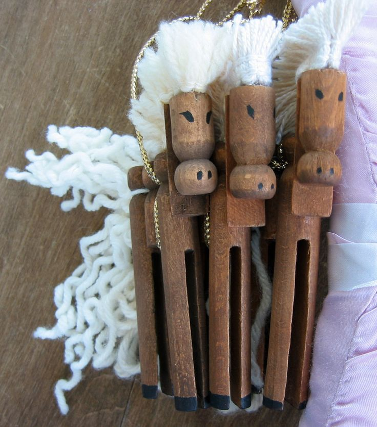 684 best Clothespin Crafts images on Pinterest | Christmas ...