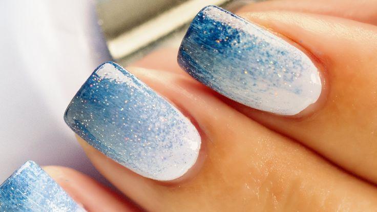 Blue & White Ombre Nail Art