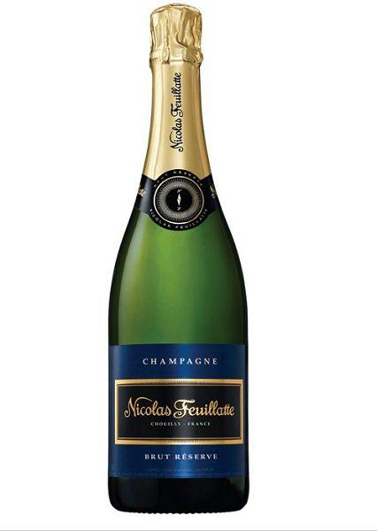 Célébrez vos équipes victorieuses avec classe en servant le #champagne Nicolas Feuillatte Brut Réserve! #sport