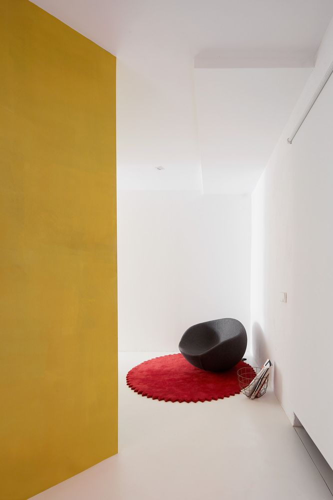 https://www.archdaily.com/886174/duplex-tibbaut-raul-sanchez/5a439633b22e38ef580001aa-duplex-tibbaut-raul-sanchez-photo