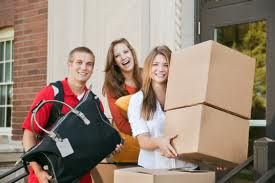 Students are you looking for affordable off campus apartments close to school? Give us a call at 603-668-8282 and Check out our Blog on off-campus apartment search for College Students! #redoaklife #collegelife #downtownliving http://www.redoakproperties.com/leave-the-dorm-life-behind-and-go-with-a-red-oak-apartment/