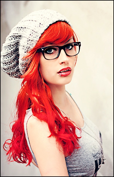 LOVE this vibrant red hair color!  #redhair #red #hair #color #haircolor #hairstyle #hairstyles #haircolor #vibrant #love #longhair #longhairstyles  #bestcolor #greathaircolor #rich