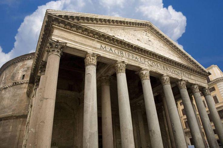 """Concebido para ser um templo pagão, o Panteão já foi convertido em igreja no século 7 e hoje atrai pela sua história e beleza (Thinkstock) via Viagem """"Fotos de Roma: as top 10 atrações imperdíveis"""""""