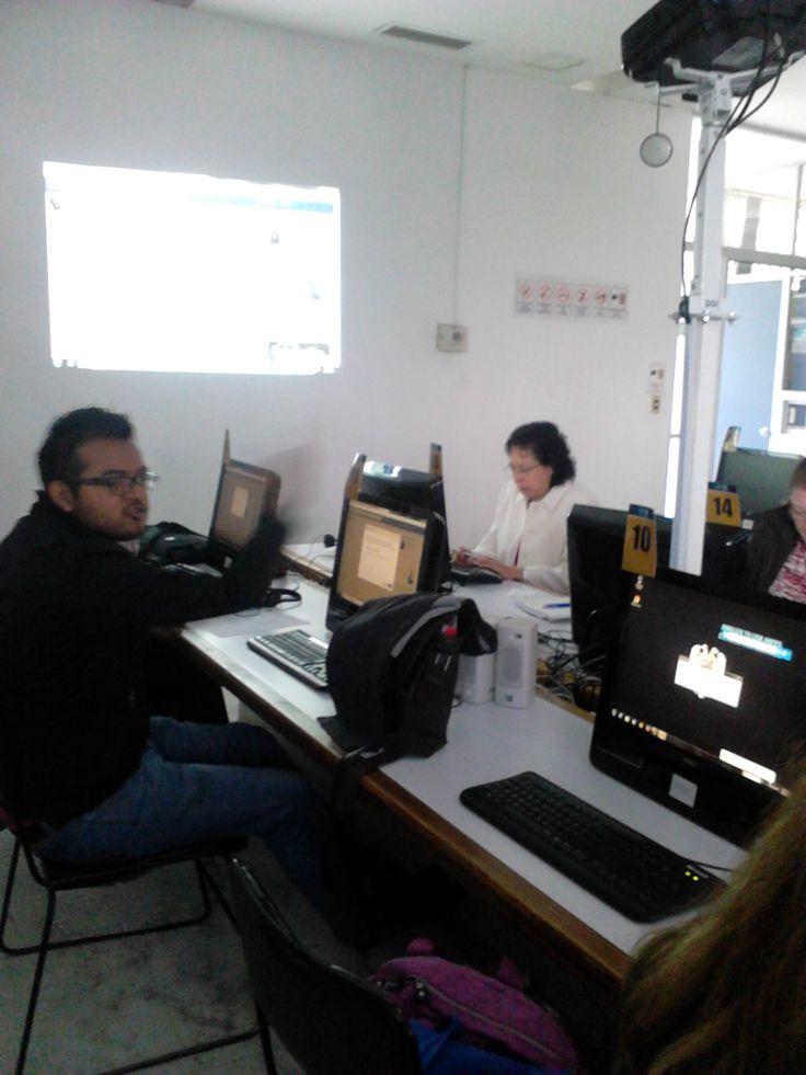 """Microtaller """"Uso de Facebook"""" a profesores del Seminario de la ENTS, UNAM. (Agosto de 2014)"""