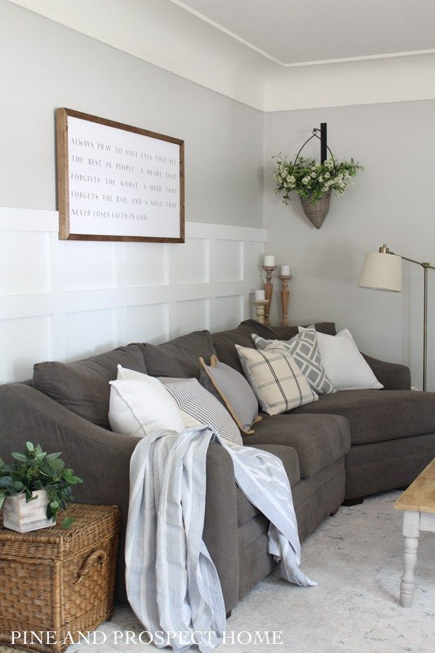 Farmhouse Tour Friday Vol 14 Cozy Farmhouse Living Room With A Dark Couch Living Room Decor Country Farm House Living Room Modern Country Decor Living Room