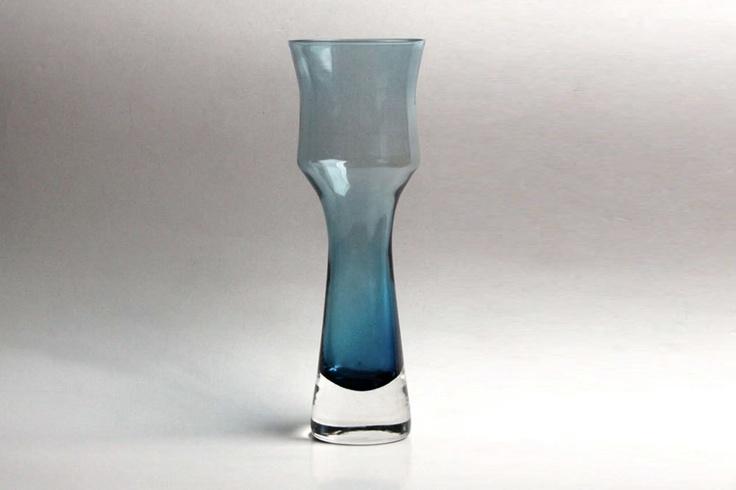 Riihimaki Lasi Oy Vase by Tamara Aladin 70s