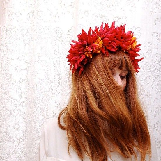 flowers + lace: Hair Ideas, Hair Flower, Red Hair, Flower Crowns Wreaths, Crown Ideas, Fall Wedding, Floral Crowns