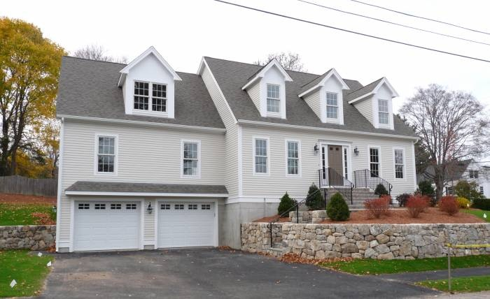 34 best images about house plans on pinterest - Classic style homes garage ...