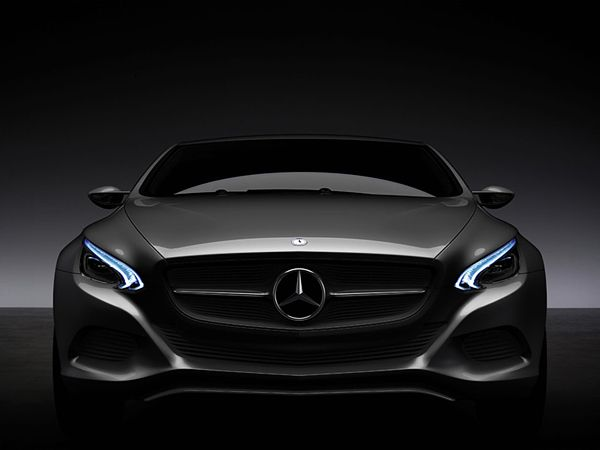 Mercedes F800 concept. A Mercedes design I actually like? Color me surprised.