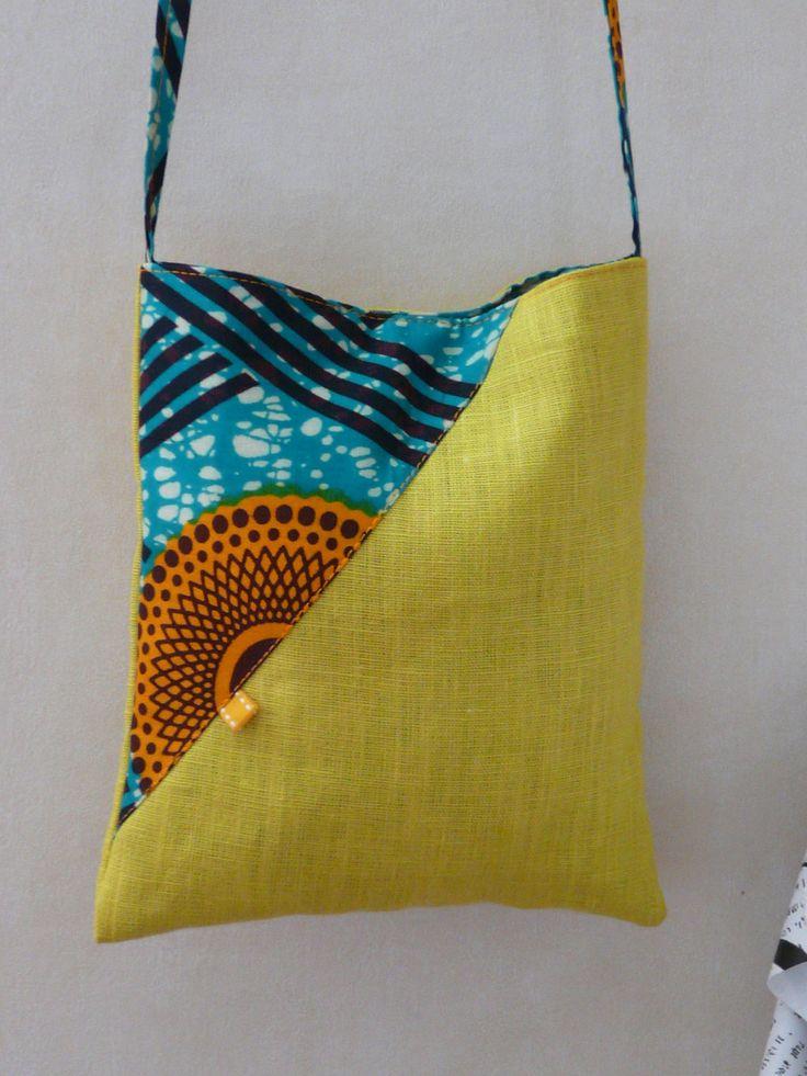 sac pochette bandoulière lin et tissu africain wax : Sacs bandoulière par cecaroquafait