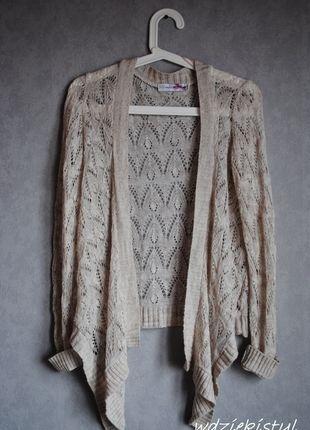 Kup mój przedmiot na #vintedpl http://www.vinted.pl/damska-odziez/kardigany/12067545-sweter-kremowy-azurowy-rozmiar-m