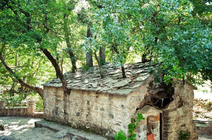 Greece by a Greek: A small miraculous chapel, Saint Theodora in Vasta