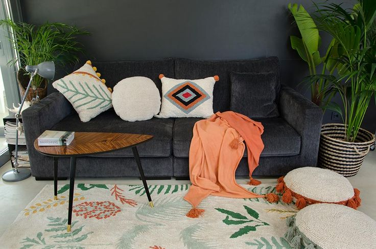 NEW Washable Cushions Collections #washablecushions #lorenacanals #cushions #accesories #morocco #plants
