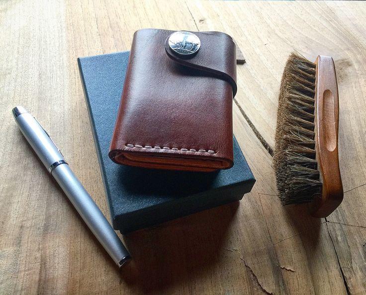 Мужской бумажник ручной работы http://instagram.com/shtopor_leather_goods