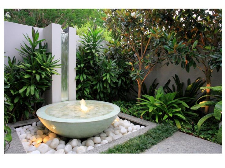 90 best images about landscaping on pinterest garden for Small water features