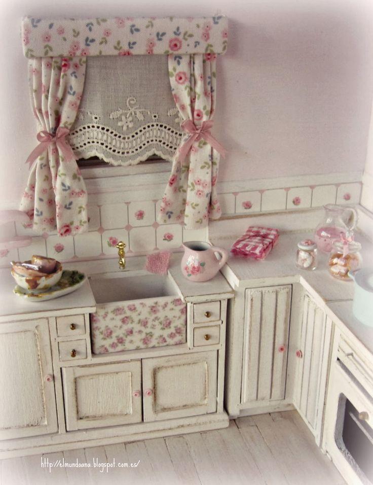 Adorable Kitchen! Shabby chic Küche für das Puppenhaus, weiß und rosa