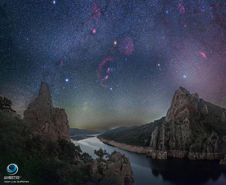 Imagen del cielo estrellado en Monfragüe que la NASA ha destacado.