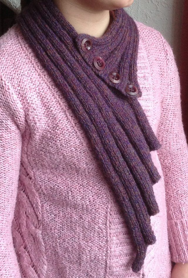 Free Knitting Pattern for La Boheme Neckwarmer easy scarf - Margaret Maney designed this easy scarf with an elegant asymmetric design. Ravelrers rated thsi very easy. Pictured project by HaveAgoJo