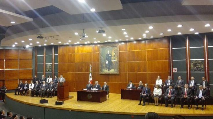 El presidente del Poder Judicial de Michoacán, Marco Antonio Flores Negrete, señaló que a pesar de que muchas decisiones que toman los jueces respecto a la impartición de justicia, son ...