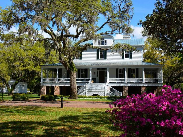 This beautiful homestead, built in 1819, is a historic