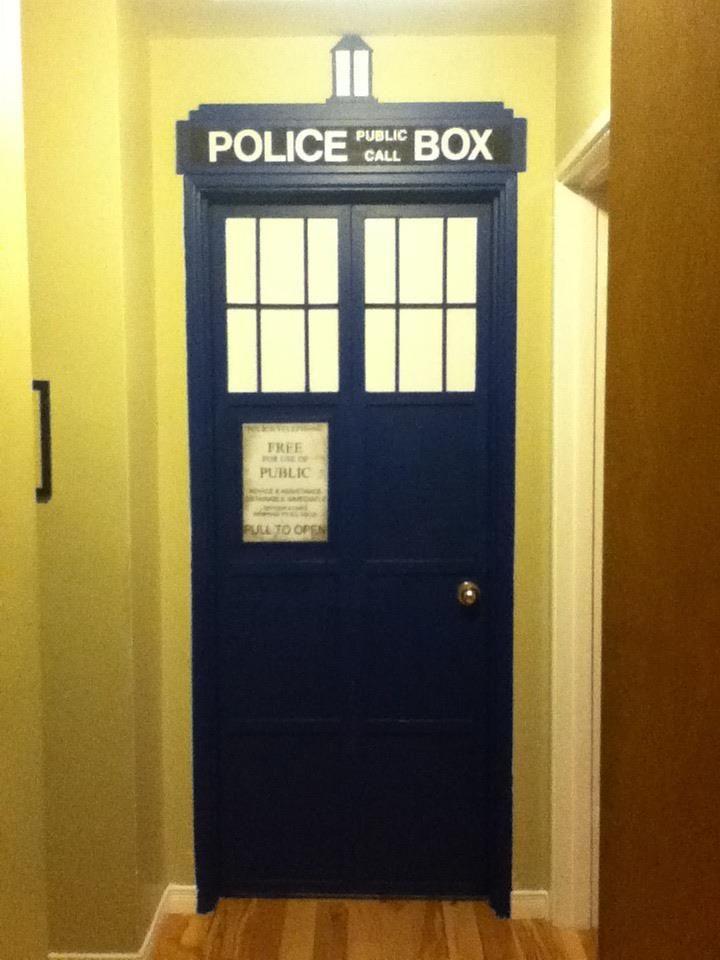 tardis bedroom door doctor who and the tardis bedroom door