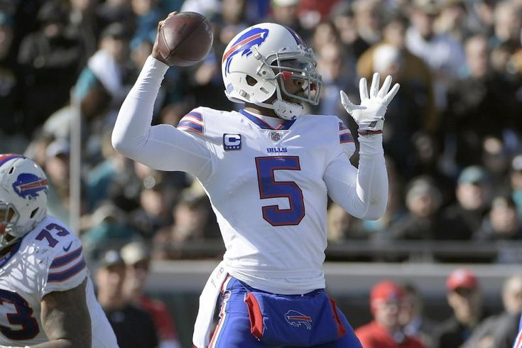 Buffalo Bills quarterback Tyrod Taylor (5) throws a pass against the Jacksonville Jaguars in the first half of an NFL wild-card playoff football game, Sunday, Jan. 7, 2018, in Jacksonville, Fla. (AP Photo/Phelan M. Ebenhack)