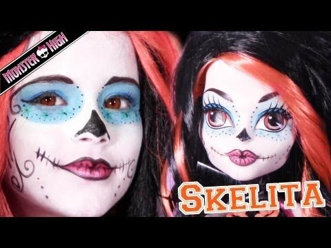 Emma shows you how to do your Halloween El Dia de los Muertos costume / cosplay makeup like Monster High's Skelita Calaveras. Day of the Dead sugar skull mask makeup.    Products Used:   EyeShadow: 88 shimmer palette from Makeupartistschoice.com  Mascara: Walmart  Lipstick: Sally Beauty Supply  Facepaint: snazaroo  Wig: Mommy altered a black and an ora...
