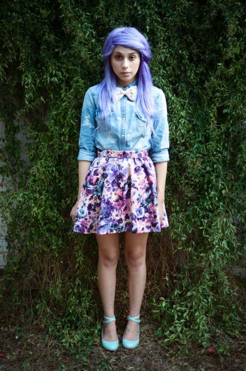 purplePurple Hair, Periwinkle Hair, Floral Skirts, Dreams Hair, Cute Outfits, Lavender Hair, Pastel Goth, Chambray, Dream Hair