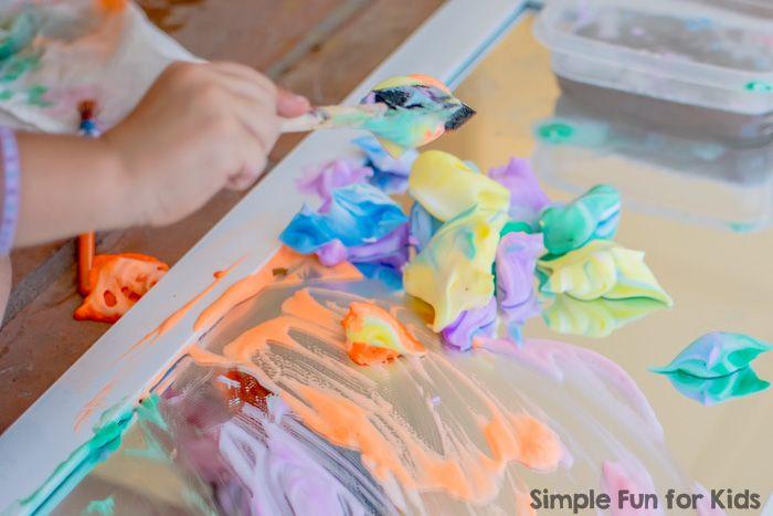 Сенсорное Искусство с Радуга Бритье крем-краска на зеркале!