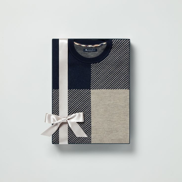 The Clapton jumper re-imagines the traditional club print in a contemporary two-tone hue with diagonal stripes. The ideal gift for colder weather #Aquascutum