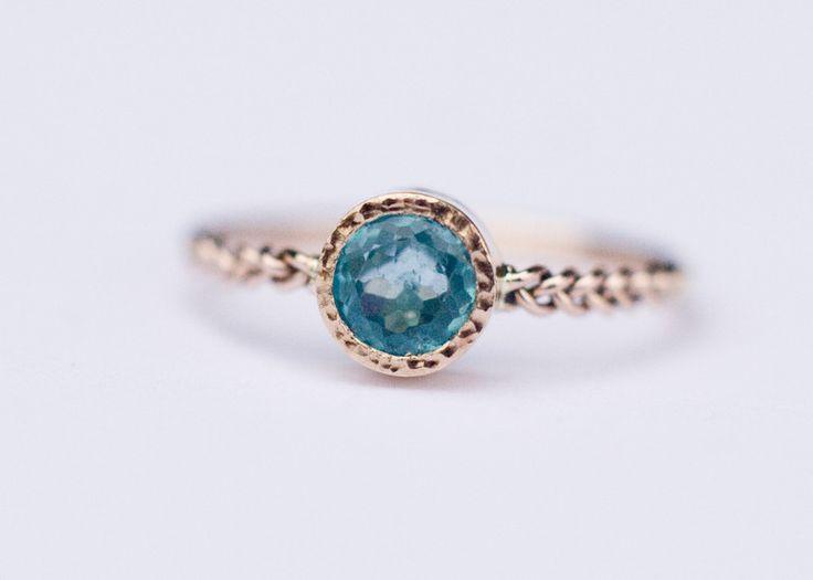 Verlobungsringe - Apatite Verlobungsring im 14k Gold, einzigartiges - ein Designerstück von arpelc bei DaWanda